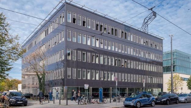 In diesem Gebäude an der Barer Straße auf dem Innenstadt-Campus der TUM hat es am Dienstagabend gebrannt.