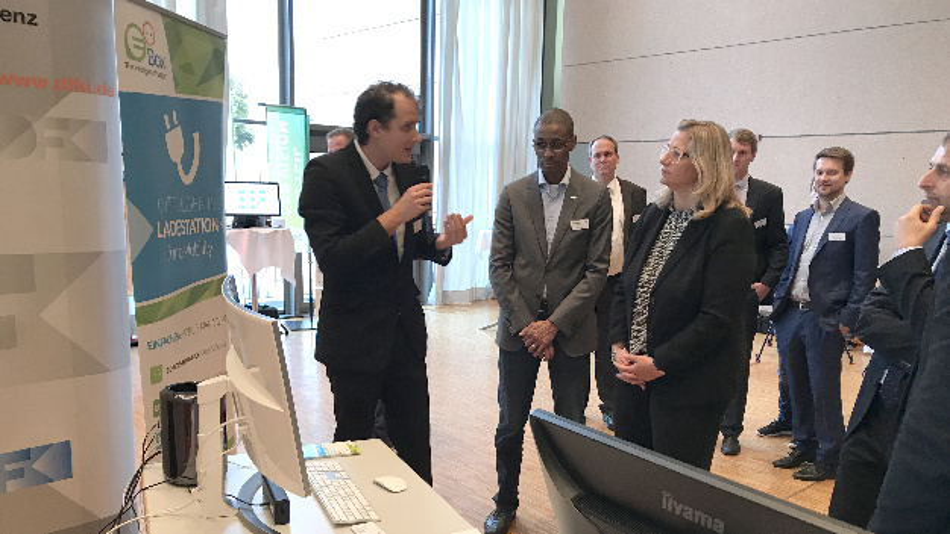 eoBox-Präsentation für Ministerin Anke Rehlinger beim Kongress »LIESA« am 26.10.2017.