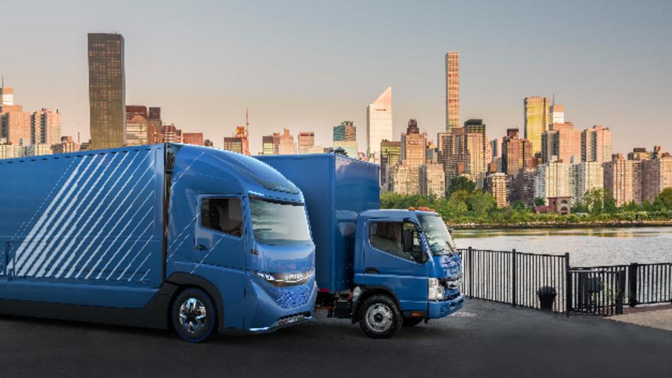 »Vision One« und eCanter von E-Fuso, Nutzfahrzeugtochter von Daimler.
