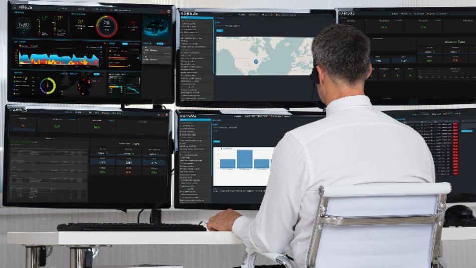 Im Security Operations Center wird die IT-Sicherheit von Fahrzeugen über deren gesamte Lebensdauer überwacht und gesteuert.