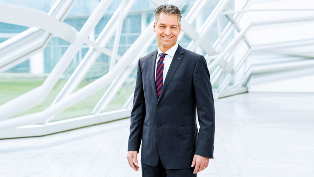 Prof. Dr. Kai Höhmann, TÜV Rheinland:  »Digitalisierung ist kein Selbstzweck, sondern muss immer  im Zeichen einer nachhaltigen Wertschöpfung  stehen.«