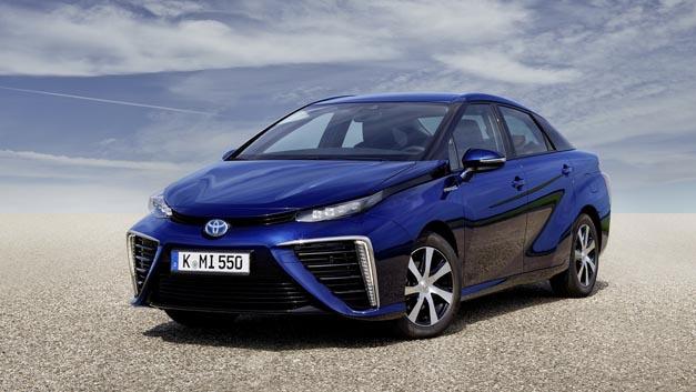 Wasserstoff bildet eine tragende Säule der Energiewende, zum Beispiel beim Einsatz in Pkw wie dem Toyota Mirai.