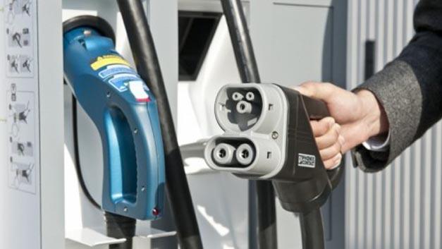 Innogy ist neues Mitglied von CharIN. Die Initiative hat das Ziel, den europäischen und nordamerikanischen Ladestandard für Elektrofahrzeuge – das Combined Charging System (CCS) – zum einheitlichen globalen Ladestandard auszubauen.
