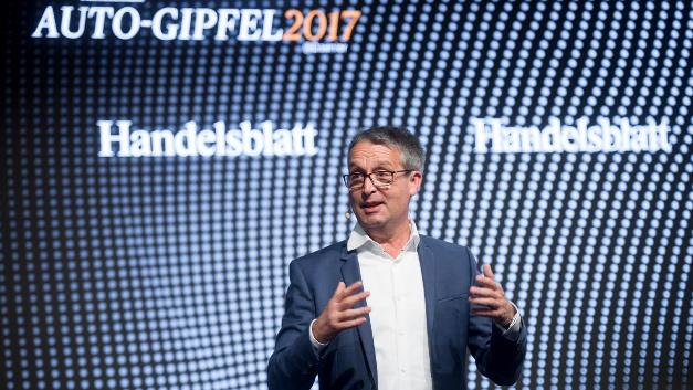Gabor Steingart bei der Eröffnung des Auto-Ggipfels 2017 am 24.10.2017 in Sindelfingen.