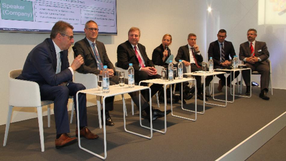 Das IoT kommt der HighVolume/LowMix-Strategie der EMS-Unternehmen direkt entgegen. Davon gaben sich die Teilnehmer der EMS-Podiumsdiskussion überzeugt. Sie gehen davon aus, dass die Produktion zum Teil wieder nach Europa zurückwandert.