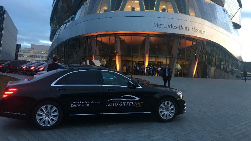 Mercedes-Benz Museum Stuttgart vor dem Handelsblatt Autogipfel 2017 in Sindelfingen am 24.10.2017.