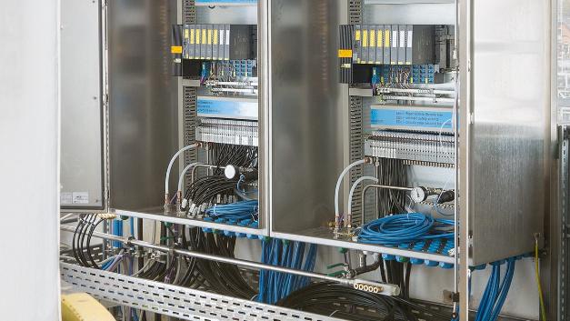 Bürkerts Schaltschränke mit »PTB 13 ATEX 1010 x«-Systemzulassung entsprechen der Schutzart Ex e.