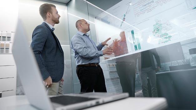 Expertenwissen auf den Gebieten Big Data und Künstliche Intelligenz wird für Audi immer wichtiger. Aus diesem Grund hat das Unternehmen jetzt unter dem Motto »data.camp« eine Weiterbildungskampagne ins Leben gerufen.