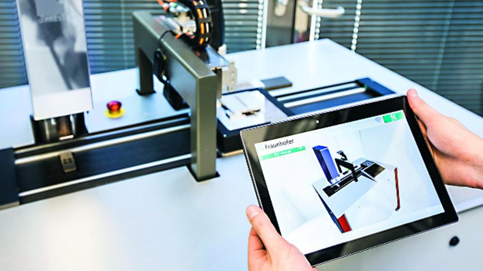 Die vom Fraunhofer IPA entwickelte Anwendung InsideOut visualisiert Daten aus der Maschinensteuerung. So fällt es Nutzern leicht, die komplexen Informationen zu verstehen.