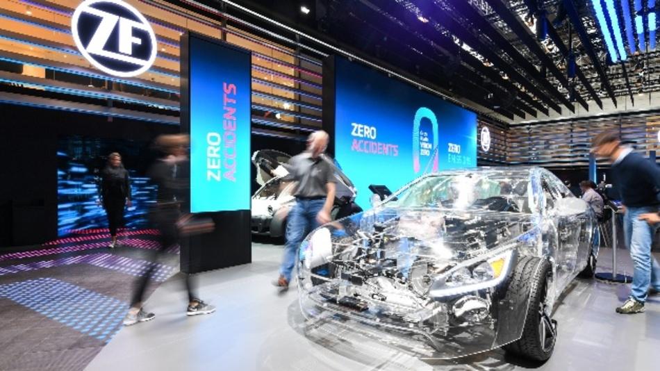 ZF erweitert Entwicklungskapazitäten für autonomes Fahren.