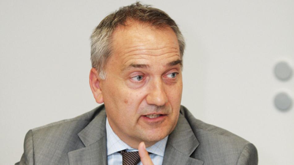 Albrecht Faber, bebro  »Die Diesel-Affäre ist für uns ein Katalysator,  aber ob E-Mobility die finale Lösung sein wird,  bleibt noch abzuwarten.«