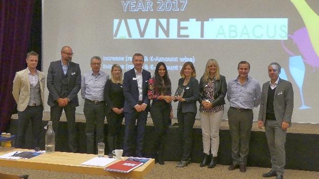 Mitglieder des Avnet Abacus und Panasonic Industry Europe Teams