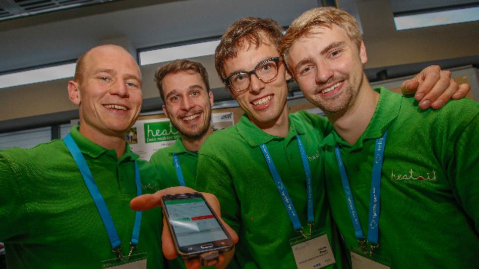Das Team »Heat it« (v.l.n.r.) – bestehend aus Lukas Liedtke, Armin Meyer, Christof Reuter und Stefan Hotz – gewann den Sonderpreis des Cosima2017.