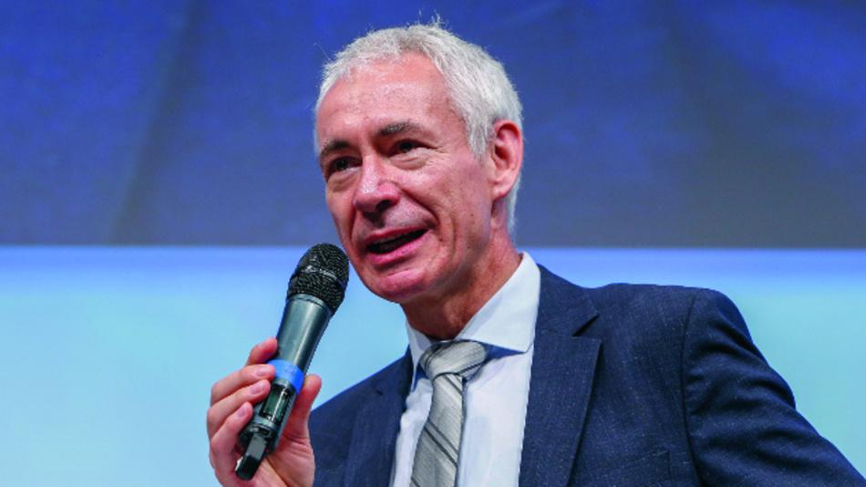 Tagungsleiter Prof. Christoph Kutter, Direktor der Fraunhofer EMFT, führte durch das umfangreiche Programm.