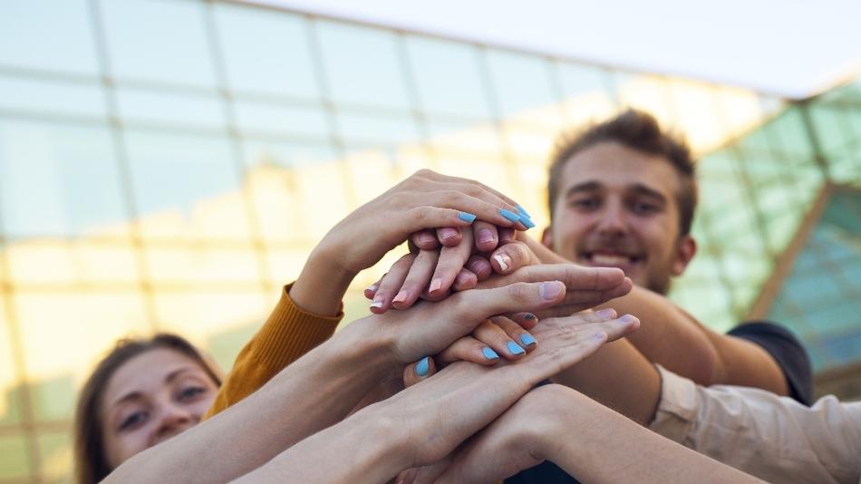 Teamwork gewinnt in der Arbeitswelt an Bedeutung. Deutsche Schüler sind gut vorbereitet.