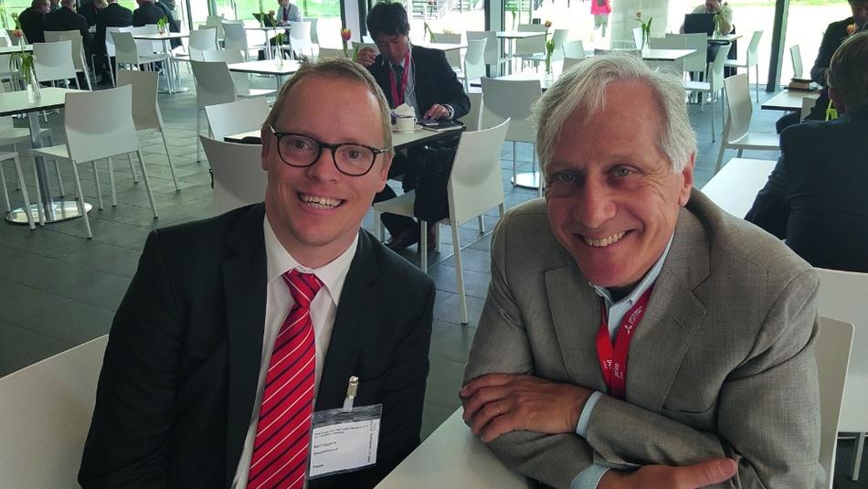 Unser Power-Spezialist Ralf Higgelke im Gespräch mit Alex Lidow (rechts), einem Pionier bei GaN-Halbleitern.
