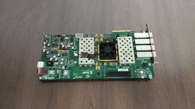 Die Blockchain-Technik mit Artificial Intelligence zu verbinden, ist das Ziel von MATRIX AI Newtwork: Die zentrale Mining-Maschine, die laut MATRIX eine MCMC-Berechnung 50 mal schneller ausführt als ein i7-Prozessor und auf Basis des Verfahrens nach Bayes drei mal schneller als lernt als eine Titan-GPU.