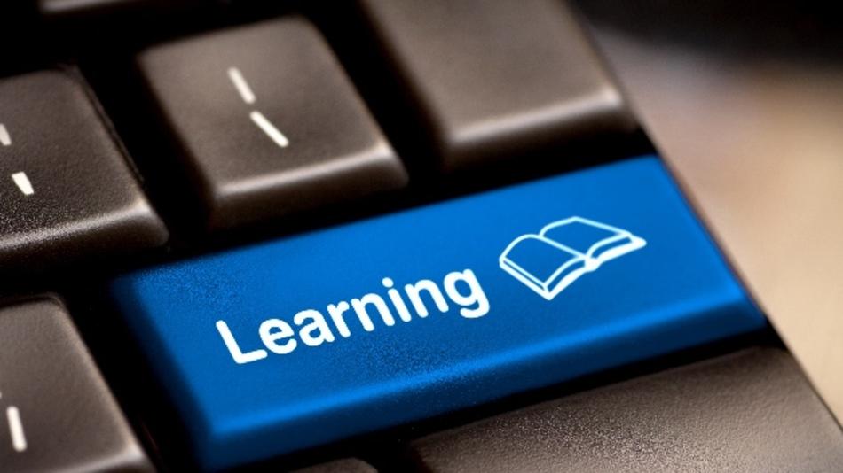 Wie lernt und lehrt man in der Zukunft?  Das HPI bietet dazu einen neuen Onlinekurs an.