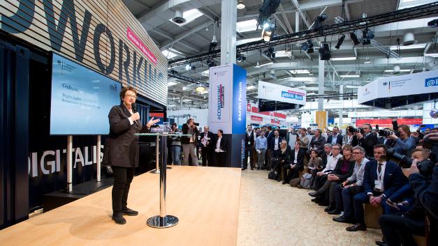 Die Preisverleihung der zweiten Runde 2017 findet im April 2018 auf der HMI in Hannover statt, die Preisverleihung der ersten Runde 2018 auf der IFA in Berlin.