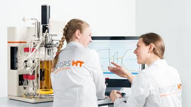 Teamarbeit: Nur durch die enge Zusammenarbeit entstand ein Bioreaktor, der sowohl technisch als auch optisch überzeugt