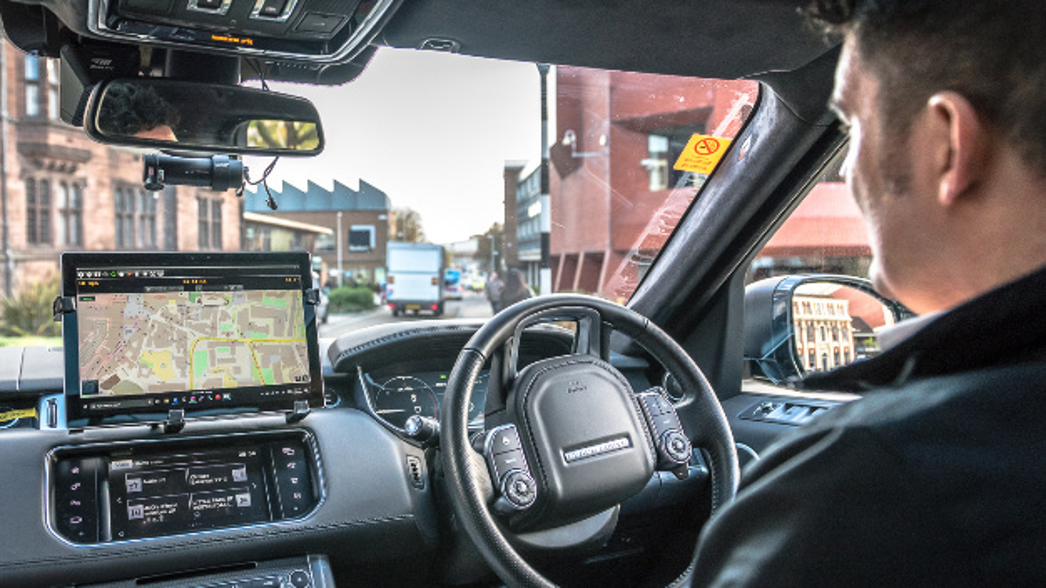 Autonome Testfahrt durch Coventry von Jaguar Land Rover.