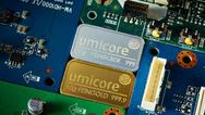 Die belgische Umicore hat sich auf das Recycling von Rohstoffen spezialisiert, unter anderem aus Elektronikschrott und verbrauchten Batterien, aus denen sich Metalle wie Kobalt und Lithium wiedergewinnen lassen.