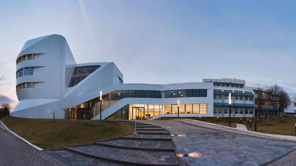 Das Zentrum für virtuelles Engineering des Fraunhofer IAO in Stuttgart