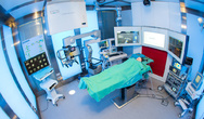 Am ICCAS in Leipzig wird in einem Modell-OP die erfolgreiche Vernetzung von Geräten erprobt.