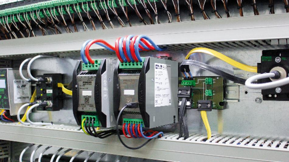 Bleiakkus mit einer Kapazität von bis zu 40 Ah lassen sich an das USV-Modul von Murrelektronik anschließen.