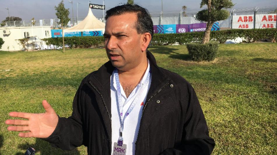 Tarak Mehta, ABB: »Wir haben jetzt bereits über 6.000 Schnellladestationen in 56 Länder weltweit ausgeliefert. Das Interesse ist sehr groß, denn die lange Ladezeit ist bisher ein Haupthindernis dafür, dass sich Elektroautos auf breiter Front durchsetzen.«