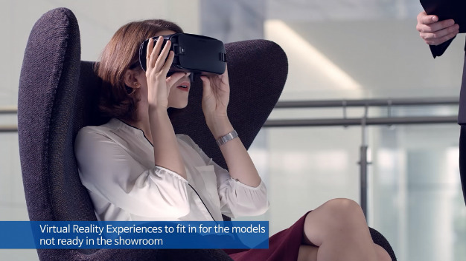 Die Virtual Reality gibt beispielsweise Einblicke in Fahrzeuge, die nicht im Showroom stehen.