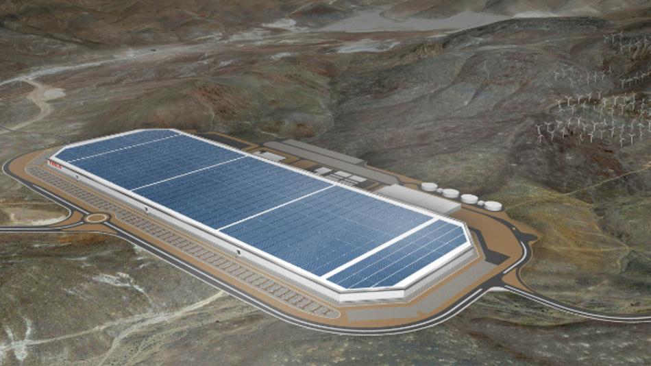 Die Gigafactory von Tesla in Nevada, an der Panasonic beteiligt und für die Produktion der Li-Ionen-Zellen zuständig ist, die in etwa die Hälfte der Fläche einnimmt. 2020 sollen Zellen mit einer Kapazität von 35 GWh und Packs mit 50 GWh gefertigt werden.