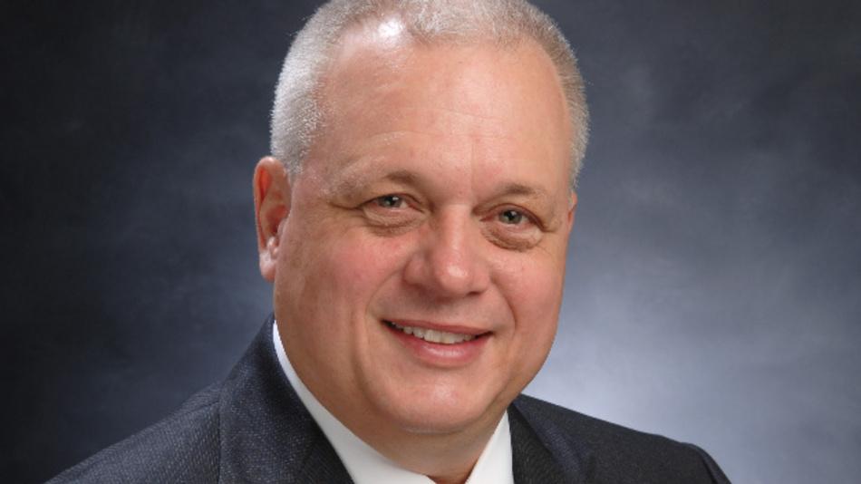 John Croteau, CEO von Macom: »Zusammen mit ST und Epi-Wafer-Spezialist IQE bauen wir die eine Lieferkette in der Größe auf, die erforderlich ist, um GaN-on-Si-Transistoren in den Preisberfeich zu bringen, die es ihnen erlauben, die LDMOS-Transistoren abzulösen, die Anforderungen der neuen 5G-Systeme zu erfüllen und neue Märkte rund um die RF-Energy-Technik  zu erobern.«