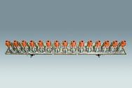 Eine Anordnung von Hohlkathoden wird in der Industrie schon erfolgreich eingesetzt für Beschichtungsbreiten bis zu 2,85 m