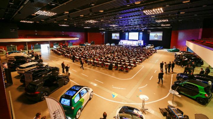 Überblick über das CAR-Symposium 2018 mit Teilnehmern und Exponaten