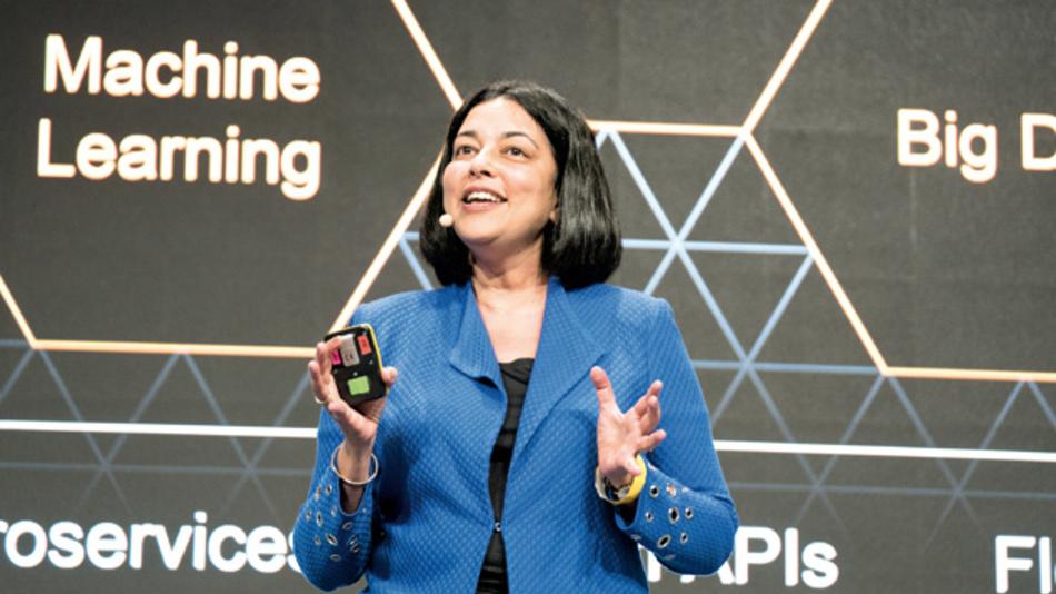 Mala Anand, President of Analytics bei SAP, verkündet die SAP-Strategie zum Thema Blockchain.