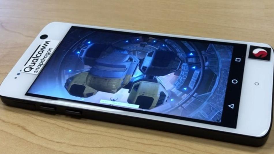 Das Testgerät mit Snapdragon-845-SoC, das sogenannte Qualcomm Reference Design (QRD).