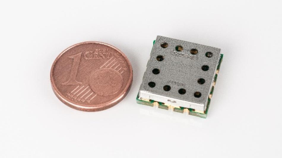 Der digital durchstimmbare HF-Bandpassfilter vom Fraunhofer IIS ist eine Alternative zur klassischen Filterbank.