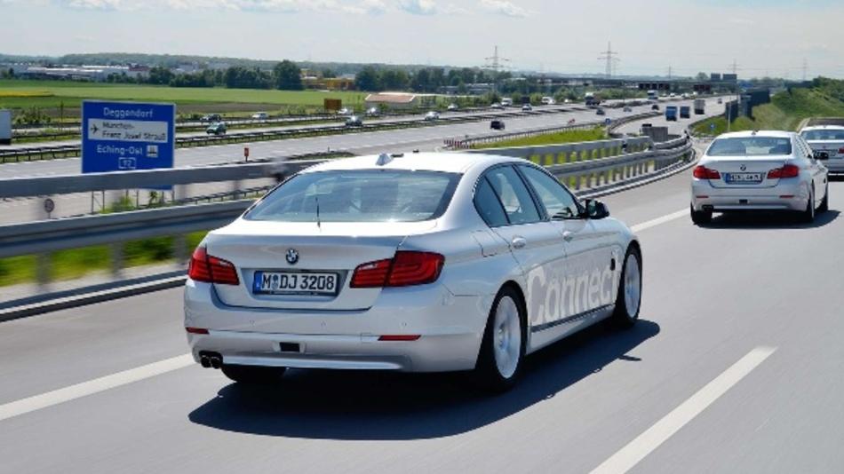 BMW will in künftigen hochautomatisierten Fahrzeugmodellen die Here HD Live Map einsetzen.