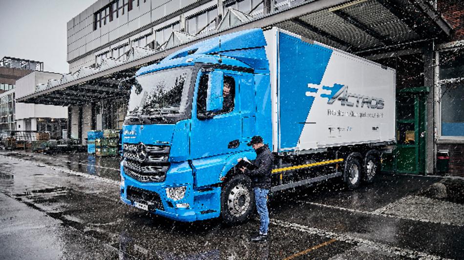 eActros, ein Elektro-Lkw für den schweren Verteilerverkehr.