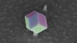 Rasterelektronenmikroskopie: Der GaAs-Nanokristall hat sich als Dodekaeder auf einer Silizium-Germanium-Nadel abgeschieden.