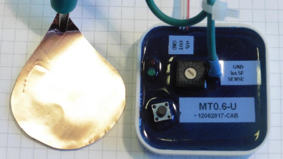 Die abgebildete Sensorfläche erlaubt bei 14 Bit Auflösung einen dynamischen Schaltabstand von 10 cm.