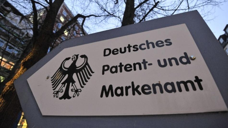 Die Milliardeninvestitionen der deutschen Autokonzerne in Elektromobilität, Assistenzsysteme und autonomes Fahren schlagen sich in einer Flut von Patenten nieder.