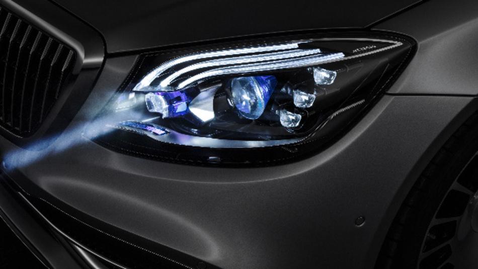 Das »Digital Light« von Daimler hat eine Auflösung von mehr als zwei Millionen Pixel.
