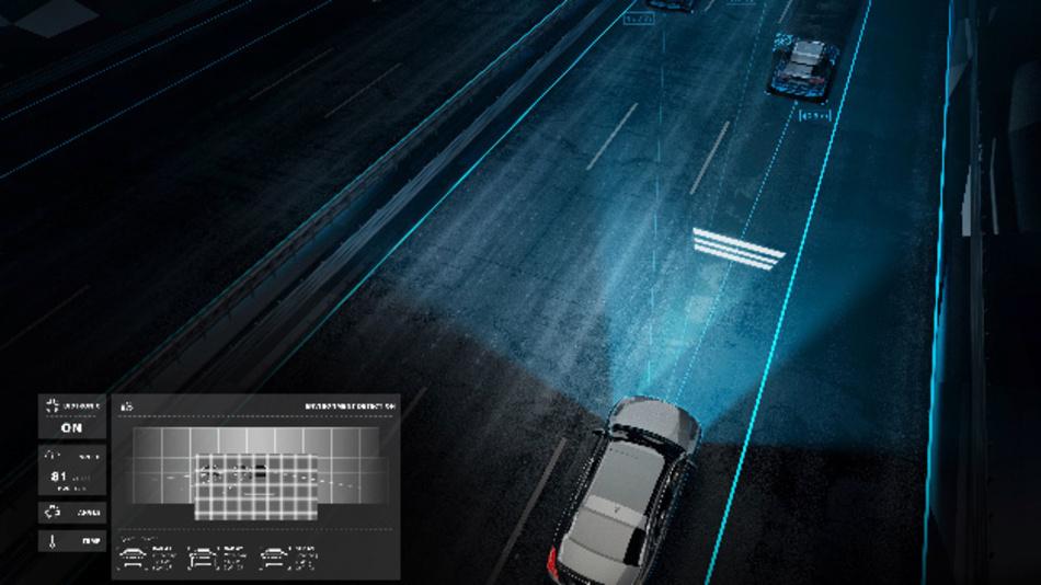 Abstandsmarkierungen auf der Straße informieren den Fahrer über den Abstand zum vorausfahrenden Fahrzeug.