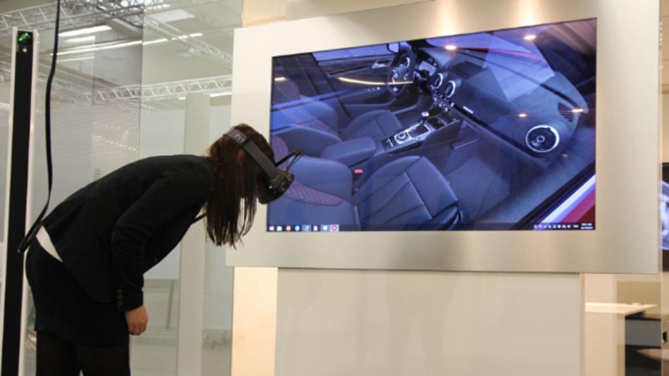 VR-Brillen lassen sich vielfältig nutzen – wenn sie funktionieren: Mit der Audi VR Experience sollen Kunden den Weg zurück ins Autohaus finden, anstatt nur die online verfügbaren Konfiguratoren zu nutzen.