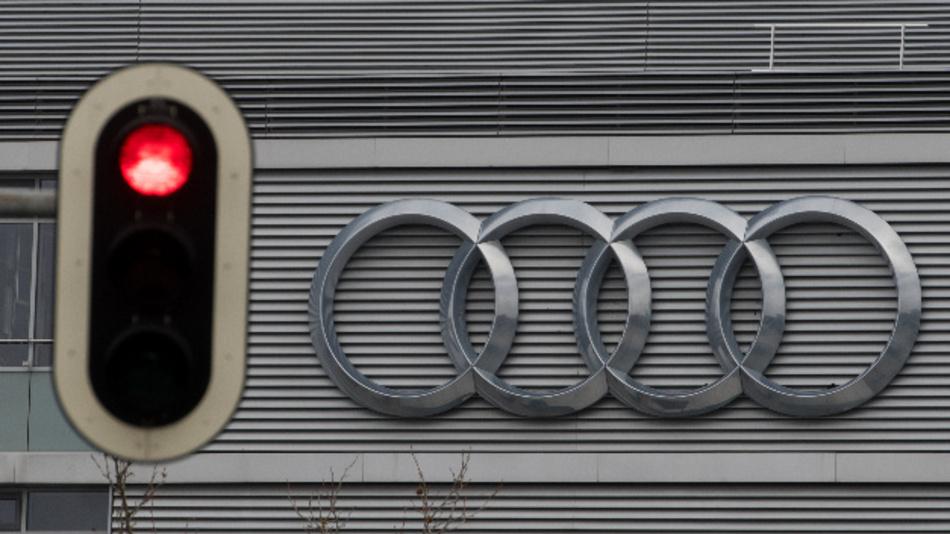 Weitere Rückrufe aufgrund Abgasmanipulationen bei Audi.