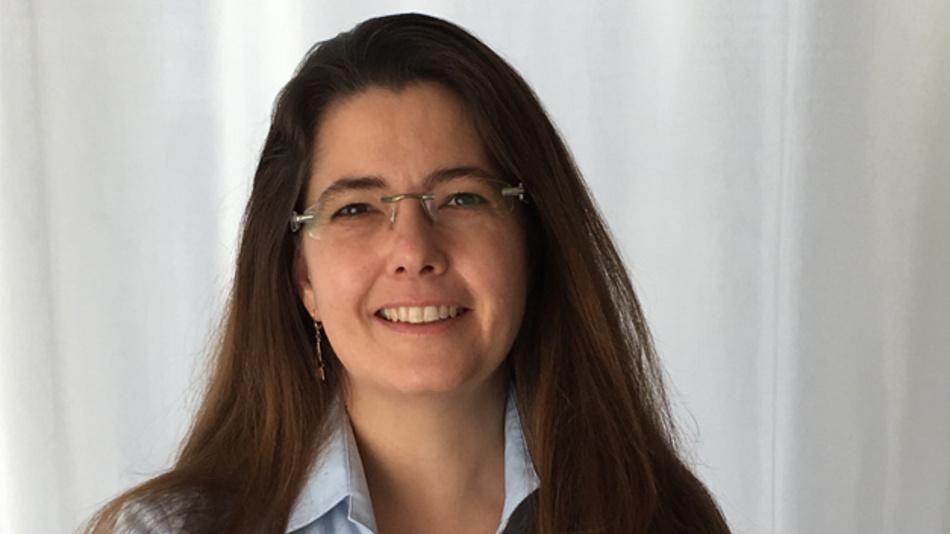 Isabelle Ludwig hat über 22 Jahre Erfahrung im Bereich  Telekommunikation und Funkkommunikation.