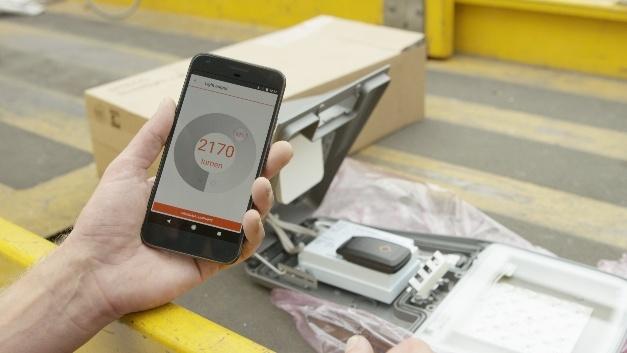 Die neue Tuner4TRONIC Field App von Osram ermöglicht die Einrichtung und Instandhaltung von energieeffizienten LED-Straßenleuchten per Smartphone.
