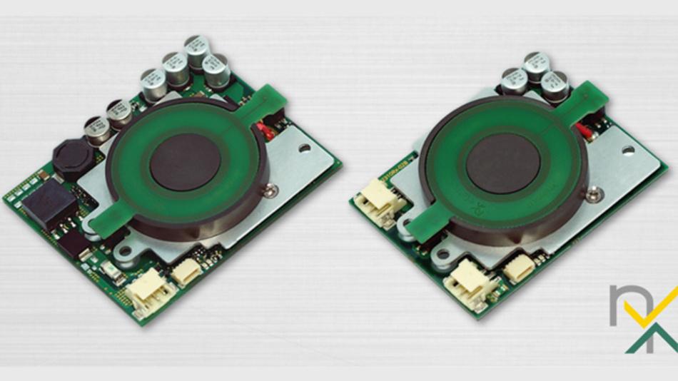 Fertig anwendbare Module für Wireless Power: Sender exm10Tx (links) und Empfänger exm10Rx (rechts) für 10 W.